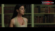Monica Bellucci Cleavage – The Matrix Reloaded