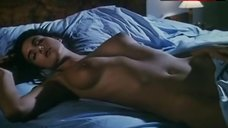Monica Bellucci Topless in Bed – Vita Coi Figli