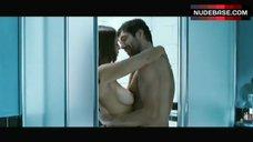Monica Bellucci Shows One Tit – L' Uomo Che Ama
