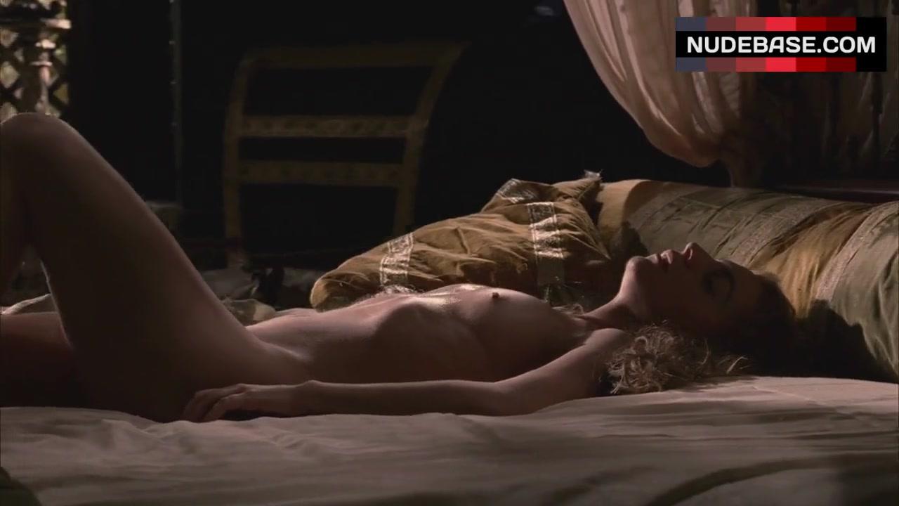 Kerry Condon Nude Pics And Pics