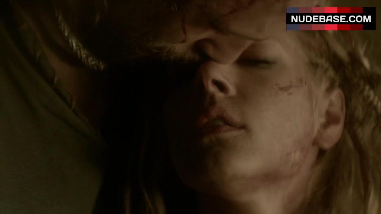 Katheryn winnick vikings scene are not