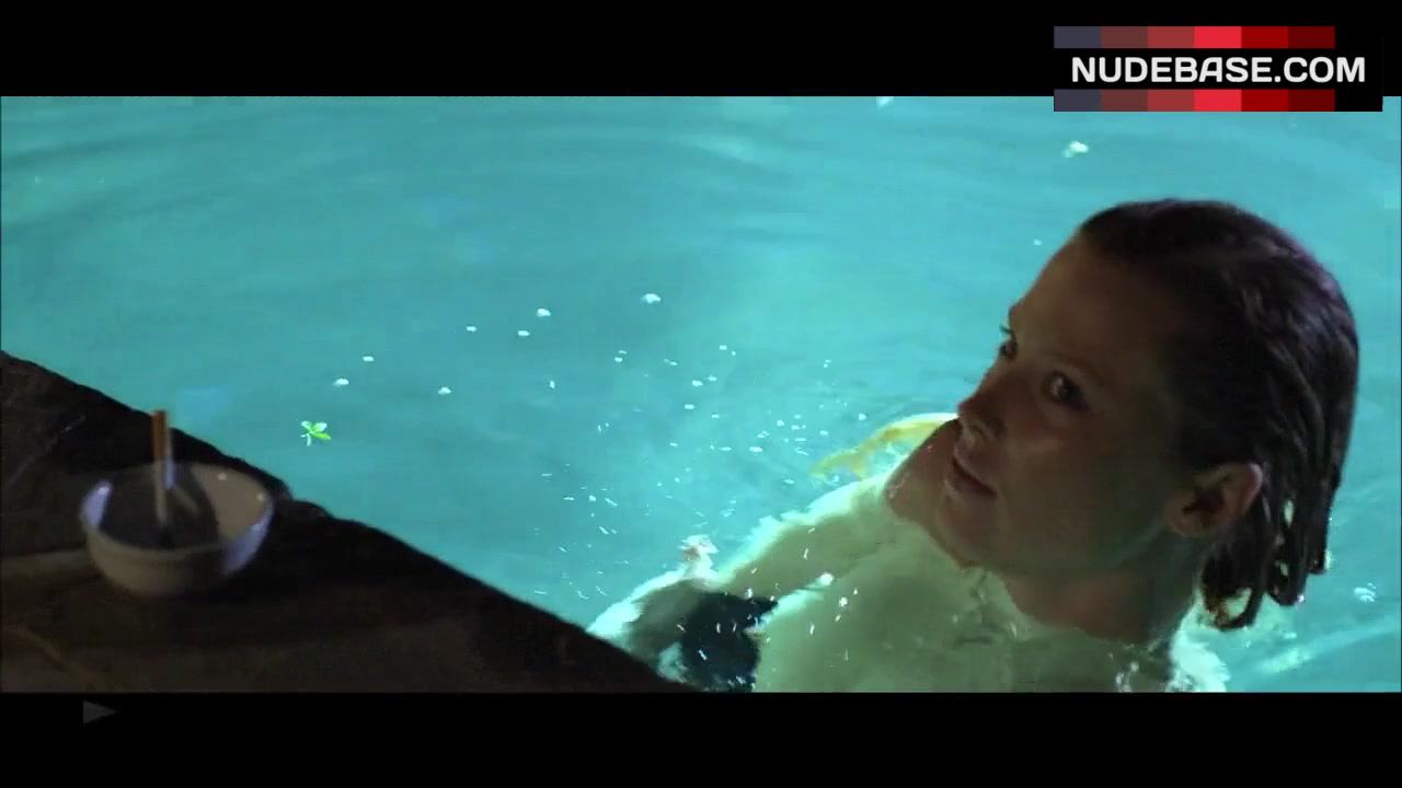 Emma Booth Flashing Boobs in Pool – Swerve ...