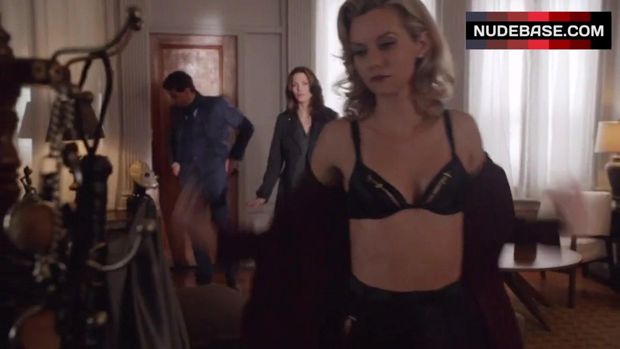Hilarie Burton Sex