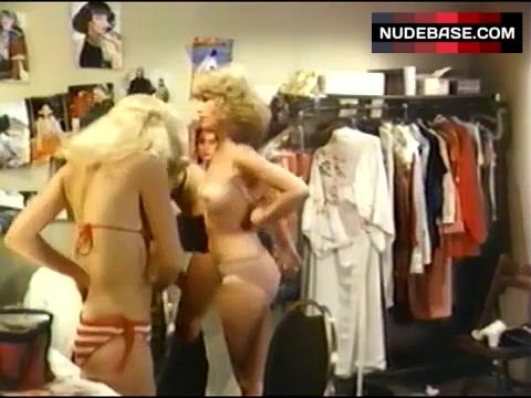 Audrey Landers  nackt