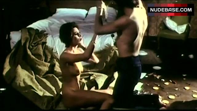 Nackt  Corinne Clery Blanca Marsillach