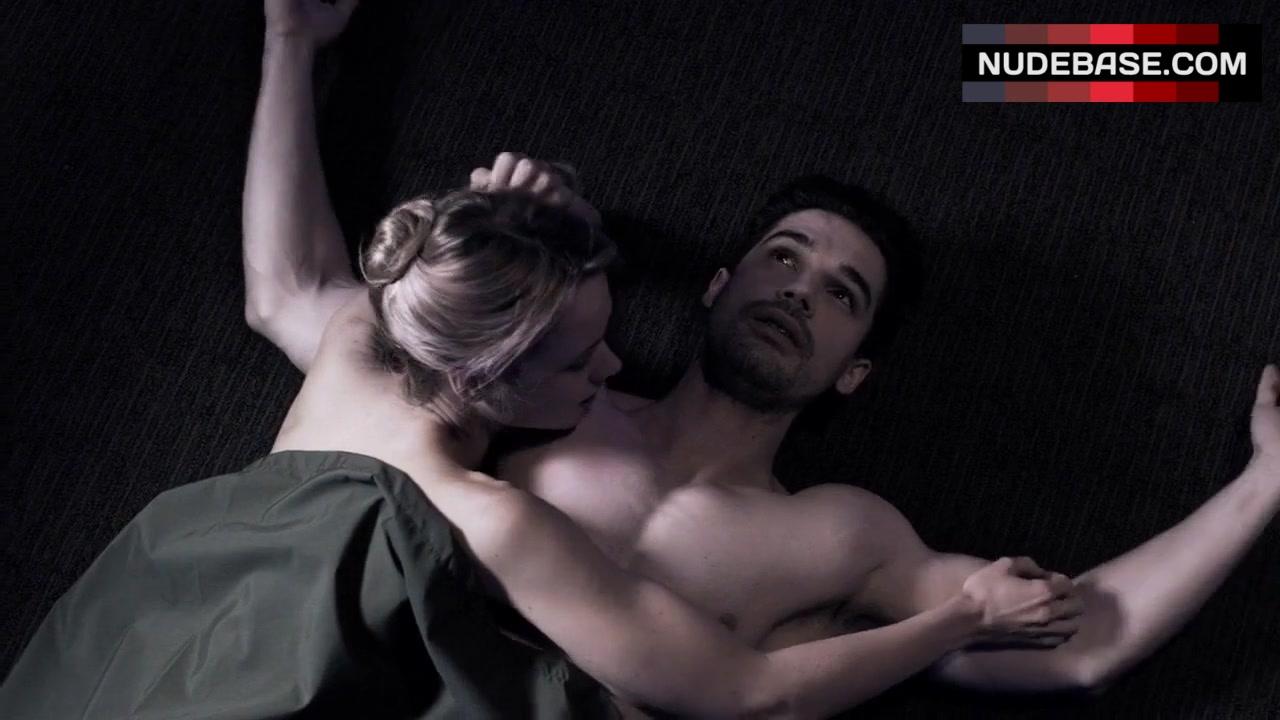 Tom cruise zero gravity sex scene in american made