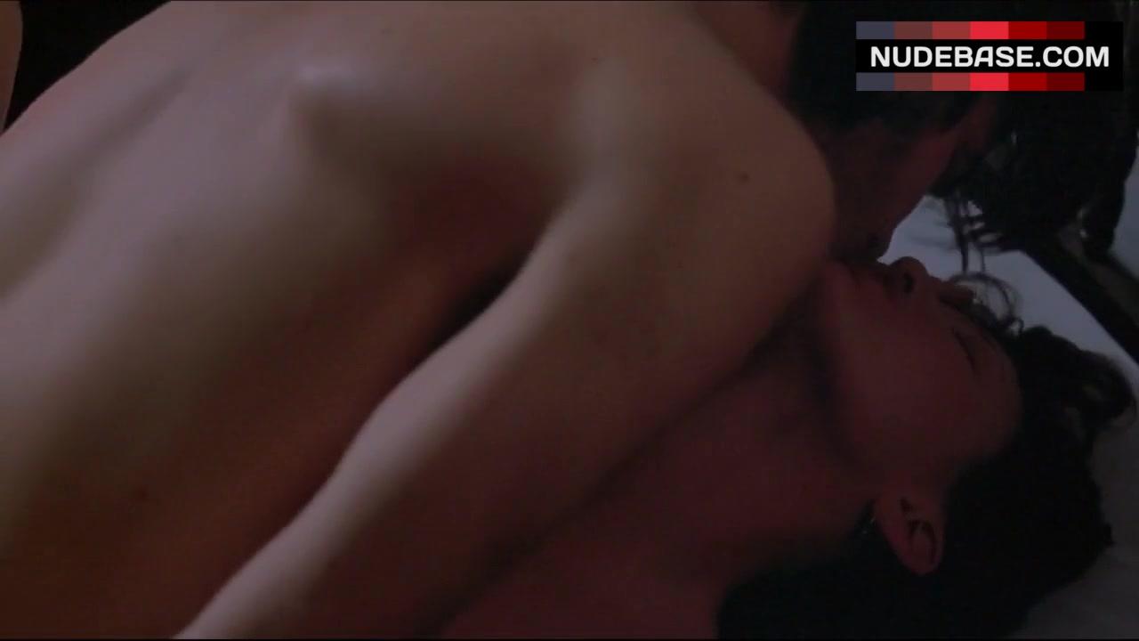 joey lauren adams nude
