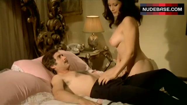 Nude edwige fenech Edwige Fenech