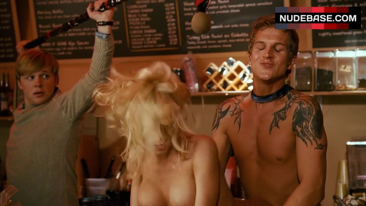 Miri and zach make a porno cell naked