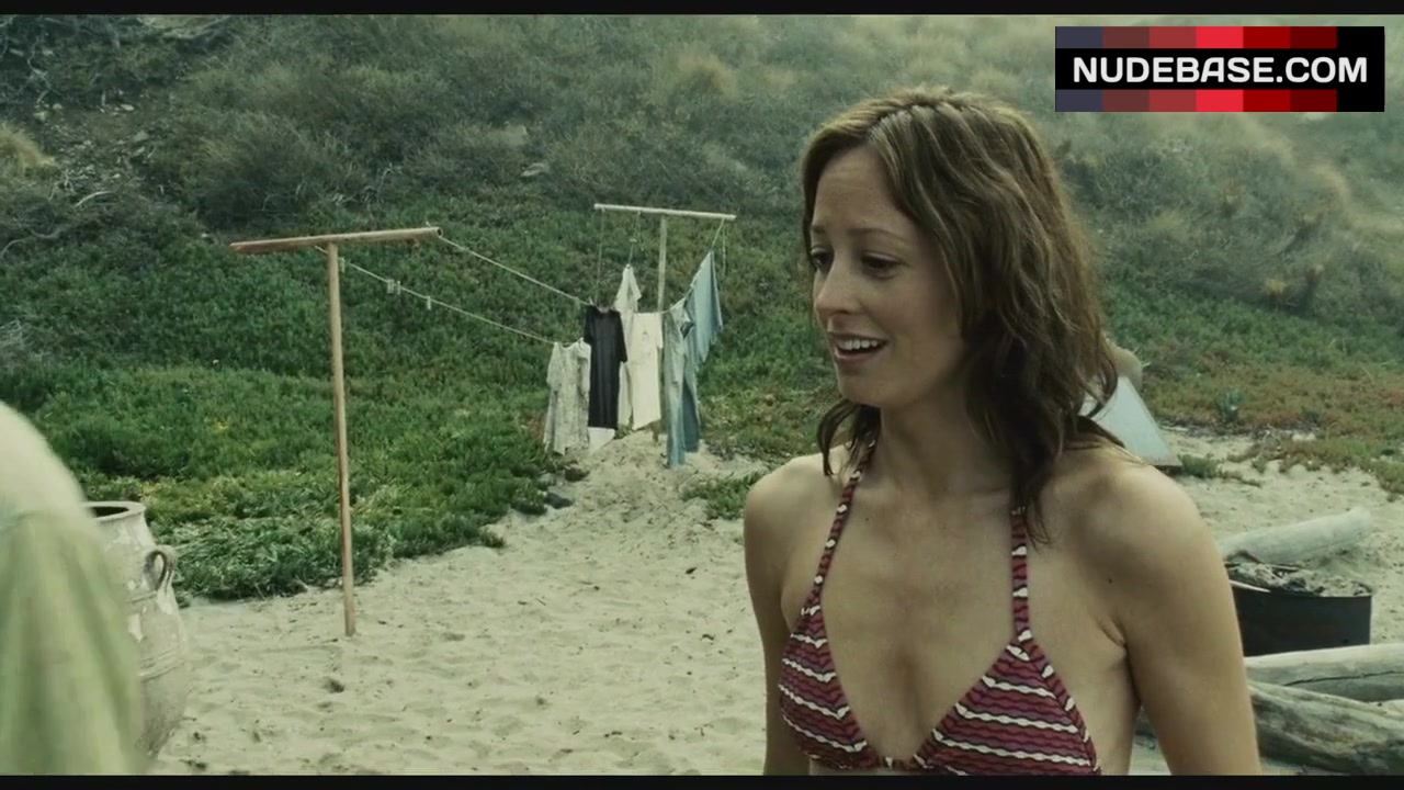 Alexie Gilmore Bikini