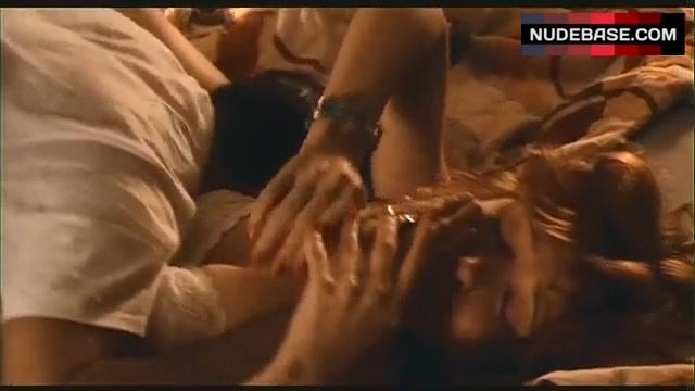 Headly nackt Glenne  Roseanne 7x13