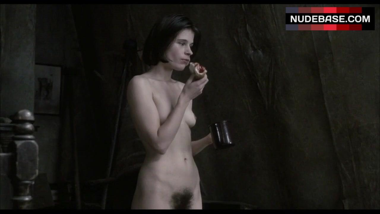 Nackt  Suzanna Hamilton MrSkin