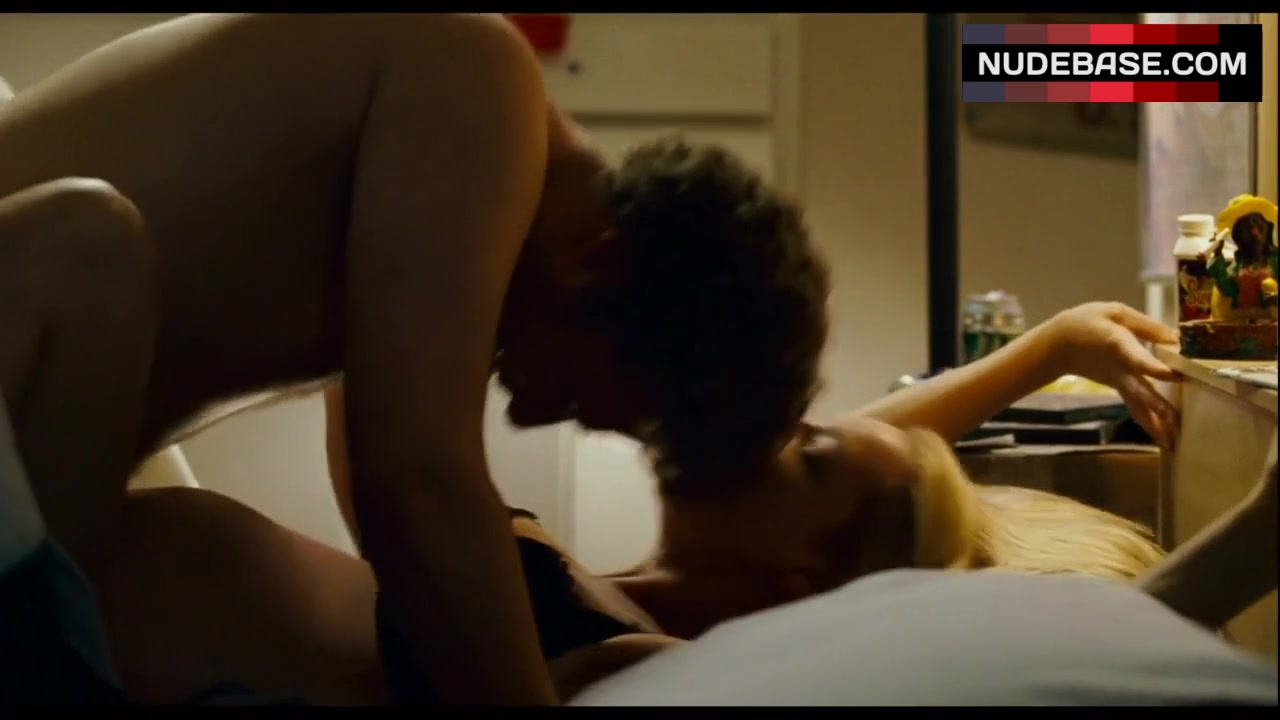 Katherine heigl knocked up sex scene