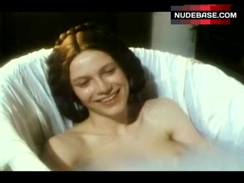 Colette nackt Hills Toni Collette,