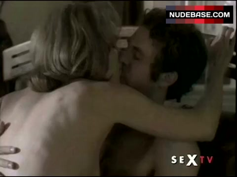 Nackt Nina Garbiras  Nina Garbiras