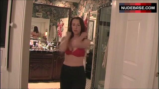 Nackt Wendel Meldrum  Celebrity Pictures