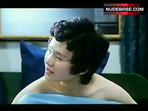 Farini Cheung  nackt