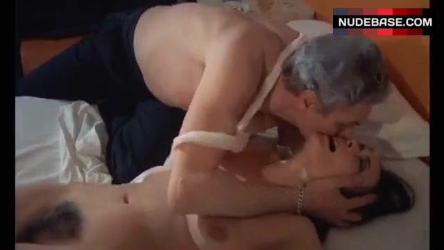 Jacqueline nackt Laurent JACQUELINE BISSET