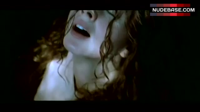 nackt Aguilera Marián Who is