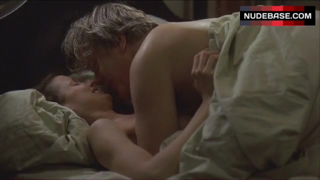 Bridget moynahan naked