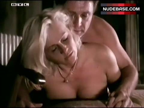 Nude petra kleinert Petra Porn