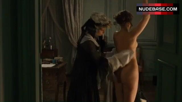 Naked vera farmiga Sexy Vera