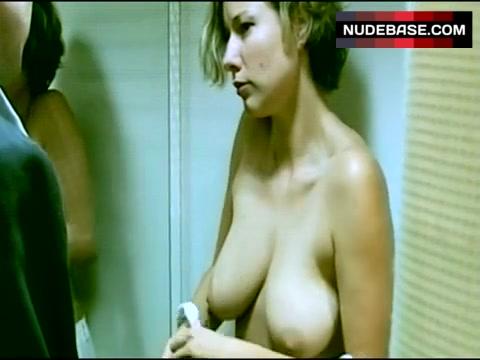 Ann-Kathrin Kramer  nackt