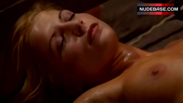 Andrea nackt Fryk Andrea Corr