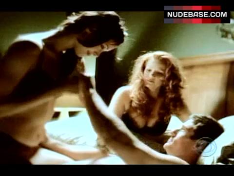 Deirdre Quinn  nackt