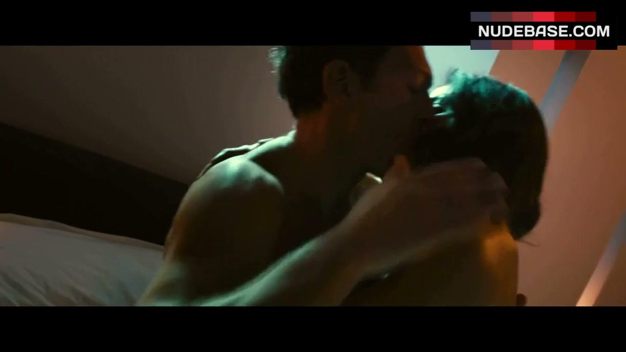Sorry, Rosario dawson nude scene trance can