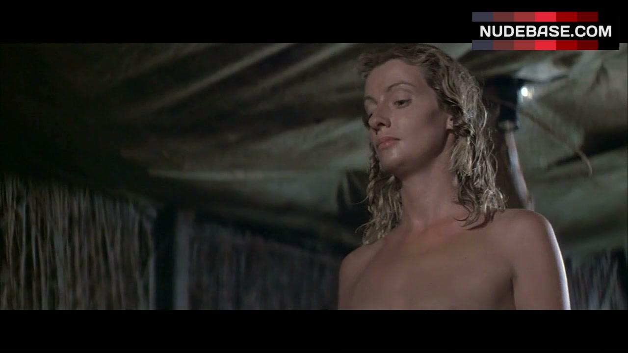 Angela Punch McGregor  nackt