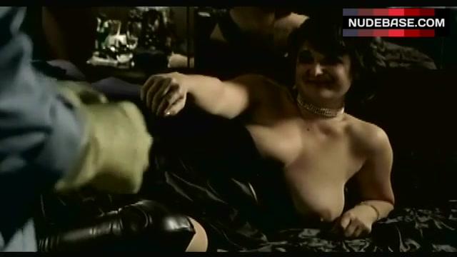 Maria nackt Mayenzet Naked Maria